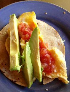 breakfast taco: tortilla, egg, salsa & avocado | keep it simple | Nosara, Costa Rica || #COLOReats @coloreats