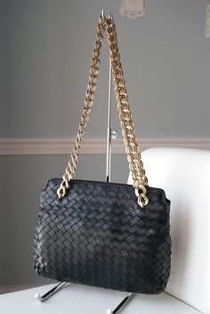a23e4e817343 Bottega Veneta Black Intrecciato Nappa Leather Chain Handbag Purse
