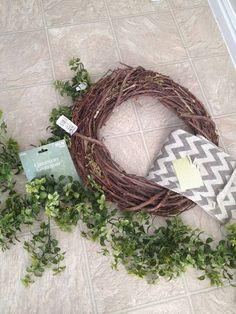 15 Minute, 15 Dollar Wreath DIY - supplies needed (Hobby Lobby) Boxwood Wreath Diy, Diy Fall Wreath, Fall Wreaths, Grapevine Wreath, Wreath Ideas, Door Wreaths, Burlap Wreath, Christmas Wreaths, Christmas Crafts