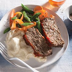 Cremini Mushroom Meat Loaf | MyRecipes.com - Cooking Light Serves 4 253 Cal; 1 lb mushrooms and 8oz ground sirloin