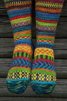 Ravelry: Rock the Party knee socks pattern by Trisha Paetsch Knitting Socks, Hand Knitting, Irish Girls, Girls Socks, Knee Socks, Knitting Patterns Free, Knitting Projects, Ravelry, Knit Crochet