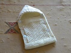 Baby Knitting Patterns Cocoon Very small angel nest for preemies. Baby Knitting Patterns, Baby Patterns, Crochet Patterns, Blanket Patterns, Knitting For Charity, Free Knitting, Crochet Baby, Knit Crochet, Free Crochet