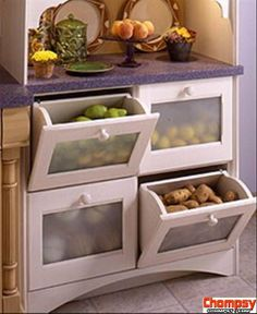 fruit and vegetable drawers in the kitchen