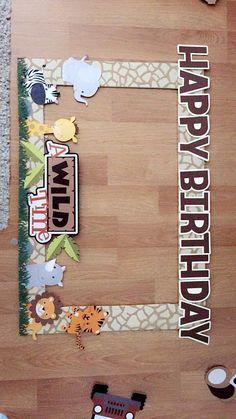 Safari/jungle theme photo prop Safari Birthday Cakes, Baby Boy Birthday Themes, 2 Year Old Birthday Party, Jungle Theme Birthday, Safari Theme Party, Safari Birthday Party, Jungle Party, 6th Birthday Parties, 1st Birthdays