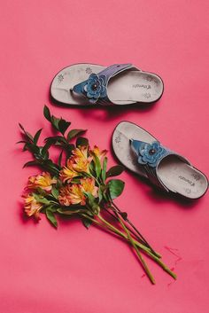 Send some flowers to someone that makes your world a little brighter today 💛  [Julia's Floral Wedge Sandal]