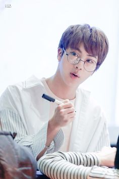 I love everything about jin I swear it's everything I want in a man... he cooks,his dorky,funny as an amazing personality,sweet,cute,sexy,loves food and overall handsome & beautiful