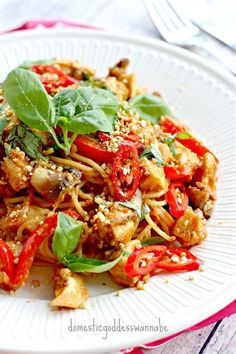 chicken satay pasta   The Domestic Goddess Wannabe