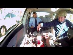 @Courtney Carroll-Cola sorprende con Taxi a viñamarinos-Chile  天下のコカコーラ様@チリ。ペダル付きタクシーで、ペダル漕ぐと、料金が安くなる。ダイエット系かな?わかんないけど。タクシーに乗るような運動しない人を、逆に運動させるのが面白い。お金がインセンティブだけど、それだけじゃない、漕ぐ楽しさみたいなのがある。