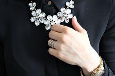 Muoti musta kulta details vihkisormukset klassinen pukeutuminen