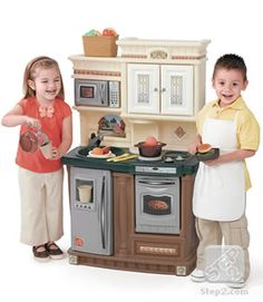 LifeStyle™ New Traditions Kitchen | Play Kitchens | by Step2