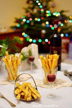 Sărăţele rapide cu telemea şi smântână Finger Food Appetizers, Finger Foods, Appetizer Recipes, Cooking Recipes, Healthy Recipes, Food Platters, Tapas, Alcoholic Drinks, Deserts
