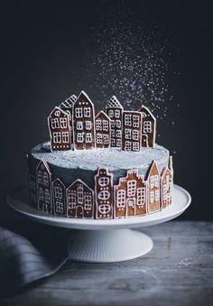 Gingerbread Village Cake - Call Me Cupcake # Christmas # cake - Baking - Cupcake Christmas, Christmas Desserts, Christmas Treats, Holiday Cakes, Food Cakes, Cupcake Cakes, Bundt Cakes, Gingerbread Village, Gingerbread Cake