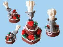Erdbeer-Schokotorte mit Mäusebäcker - Häkelanleitung