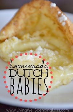 Babies Homemade Dutch Babies - a delicious cross between a baked pancake and a buttery souffle - yum!Homemade Dutch Babies - a delicious cross between a baked pancake and a buttery souffle - yum! Breakfast Desayunos, Breakfast Dishes, Breakfast Recipes, Think Food, Love Food, Baby Food Recipes, Dessert Recipes, Yummy Food, Tasty