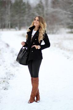 Follow me on Instagram, @mungoanna Details: http://www.rantapallo.fi/mungolife/2013/12/31/sudenpentu/  Black, Zara, OTK, ACNE, scarf, fur, hat, Celine, American Retro, fashion, outfit, blogger, Mungolife