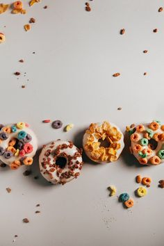 A recipe for breakfast cereal cake donuts for the How Sweet It Is Babyshower from Hummingbird High.