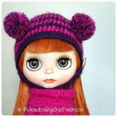 Blythe Fuzzy pompom hat #Blythe #BlytheCon #customblythe #artdoll #doll #etsy   https://www.etsy.com/listing/290354249/blythe-hat-fuzzy-mini-pompom-ooak