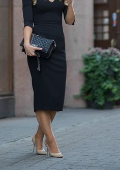 Classy is the original black | Mona's Daily Style