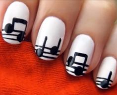 How to: Festival nagels - Peinados - Nail designs - Music Note Nails, Music Nails, Cute Nail Art, Nail Art Diy, Diy Nails, Short Nail Designs, Simple Nail Designs, Nail Polish Designs, Nail Art Designs