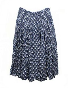 Casey Casey bloom indigo skirt  Elasticband on waist, two lateral pockets, with cotton petticoat  Composition: 100% linen  Made in Franc