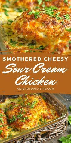 Sour Cream Chicken, Greek Chicken, Easy Dinner Recipes, Sour Cream Recipes Dinner, Recipes Using Sour Cream, Best Dinner Recipes Ever, Easy Main Dish Recipes, Food Dishes, Main Dishes
