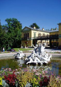 The Imperial Villa (Kaiservilla) in Bad Ischl Her World, World War I, Heaven On Earth, Bavaria, Austria, Vintage Photos, Villa, Spa, Sissi
