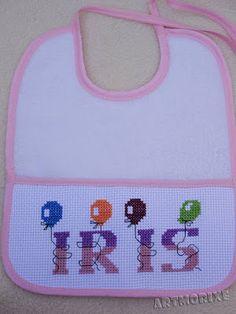 Artmorixe - Babero bordado Iris