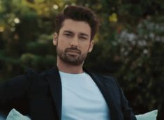 The perfect AlpNavruz Actor Handsome Animated GIF for your conversation. Discover and Share the best GIFs on Tenor. Turkish Men, Turkish Actors, Alina Boz, Vogue Men, Animated Gif, My Boys, Gentleman, Turkey, Handsome