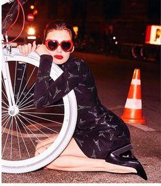 Rene Gruau, Ellen Von Unwerth, Cycle Chic, Bike, Hair, Bicycles, Instagram, Cowls, Bicycle