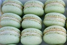Mint Macaroon - Pistachio cream pillows of delishiousness #mint #macaroons #pistachio repinned by www.hopeandgrace.co.uk