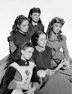 publicity shot of Mary Astor as Marmee March surrounded by Margaret O'Brien as Beth March, Janet Leigh as Meg March, June Allyson as Jo March and Elizabeth Taylor as Amy March - Little Women (1949)