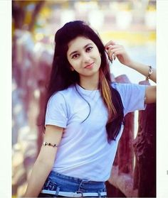 Look Your Absolute Best With These Beauty Tips Sweet Girl Photo, Dehati Girl Photo, Beautiful Girl Photo, Beautiful Girl Indian, Beautiful Indian Actress, Stylish Girls Photos, Stylish Girl Pic, Cute Young Girl, Cute Girls