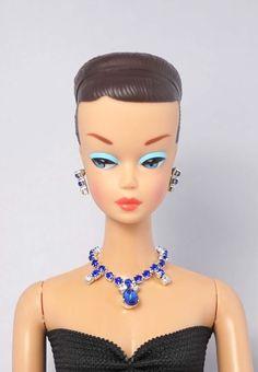 Barbie Doll Vintage FR Silkstone Siam Red Necklace Earrings Jewelry Set NE2188