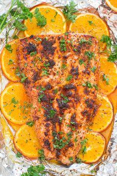 Sheet Pan Orange Chili Salmon - Averie Cooks Honey Lemon Salmon, Butter Salmon, Lemon Butter, Dill Salmon, Salmon Foil, Salmon Tacos, Grilled Salmon, Grilled Chicken, Seafood Recipes