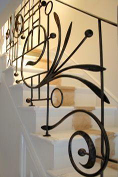 Metallic Sculpture : Contemporary Wrought Iron Balustrade