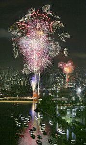 隅田川花火大会 Fireworks at Sumidagawa, Tokyo, Japan