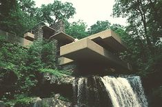 Images of Edgar J. Kaufmann House, (Fallingwater) by Frank Lloyd Wright. Cantilever Architecture, Architecture Images, Falling Water Frank Lloyd Wright, French Alps, Historical Images, Postmodernism, Waterfall, Exterior, House Design