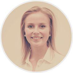 JESSICA KEMPER (Junior Recruiter) // Jessica unterstützt unser Team als Duale Studentin bei allen strategischen und operativen Tätigkeiten. Das Studium gibt ihr regelmäßig neue Impulse, die sie bei Talent Tree in die Praxis umsetzen kann. Gemeinsam mit Martina ist sie für den Bereich Sales, Vetrieb und Online Marketing zuständig.