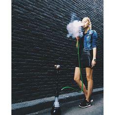 Guten Morgen! :) Good Morning! #shisharatgeber #shisha #hookah #shishanews #shishatricks #koeln #wasserpfeife #vape #girl #iloveshisha #muenchen #hookahlove #narguile #nargilem #hookahtime #kalyan #smoking #hookahtricks #hookahlove #love #photooftheday #smoke #picoftheday #shishatime #shishagirl #shishas #shishan #goodLife #シーシャ #beautiful #кальян