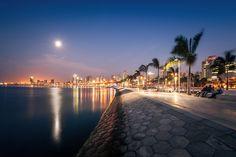 Bay of Luanda Waterfront, Luanda, Angola, 2010 - 2013 | © COSTALOPES / Finicapital