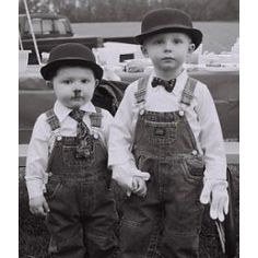 Laurel and Hardy Costume (if only you could make them black and white in real life and not just in the pictures... still super cute and creative).