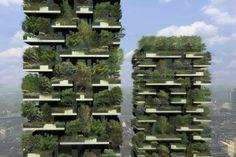 Bosques verticales: ¿La nueva solución para las ciudades?  En Milán, El Bosco Verticale es construido para luchar contra la polución; 40.000 metros cuadrados con 900 árboles, 5.000 arbustos y 11.000 plantas