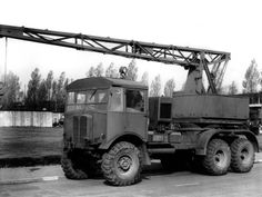 Whether it be the history, the equipment, the uniforms, but above all my main passion has been military vehicles Heavy Duty Trucks, Big Rig Trucks, Heavy Truck, Old Trucks, Old Lorries, Tank Armor, Old Commercials, Classic Motors, Classic Cars