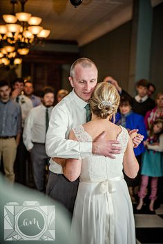 Reception bride and her dad dancing picture at Elizabeth Claires by Amanda May Photos