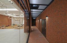 Gallery of Plenus Brain Center / Naoya Matsumoto Design - 3