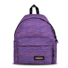 Le Padded Pak'R d'Eastpak est le modèle de sac à dos le plus célèbre de la marque Eastpak. Indestructible et inusable il est en outre très confortable. Compatible A4.</p>