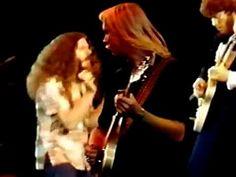 Kansas - Carry On Wayward Son live at Canada Jam 1978 (remaster) - YouTube
