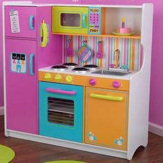 Deluxe Big and Bright Kitchen by KidKraft - KidKraft - Budding chefs will get a thrill when playing in this Deluxe Big and Bright Kitchen by KidKraft! Boys Play Kitchen, Wooden Play Kitchen Sets, Kitchen Sets For Kids, Toddler Kitchen, Toy Kitchen Set, Big Kitchen, Bright Kitchens, Elegant Kitchens, Cool Kitchens