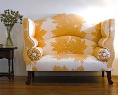 Fabulous reading sofa. I'd love something like this for in front of my bedroom window
