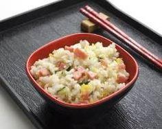 Riz cantonnais au micro-ondes (facile, rapide) - Une recette CuisineAZ